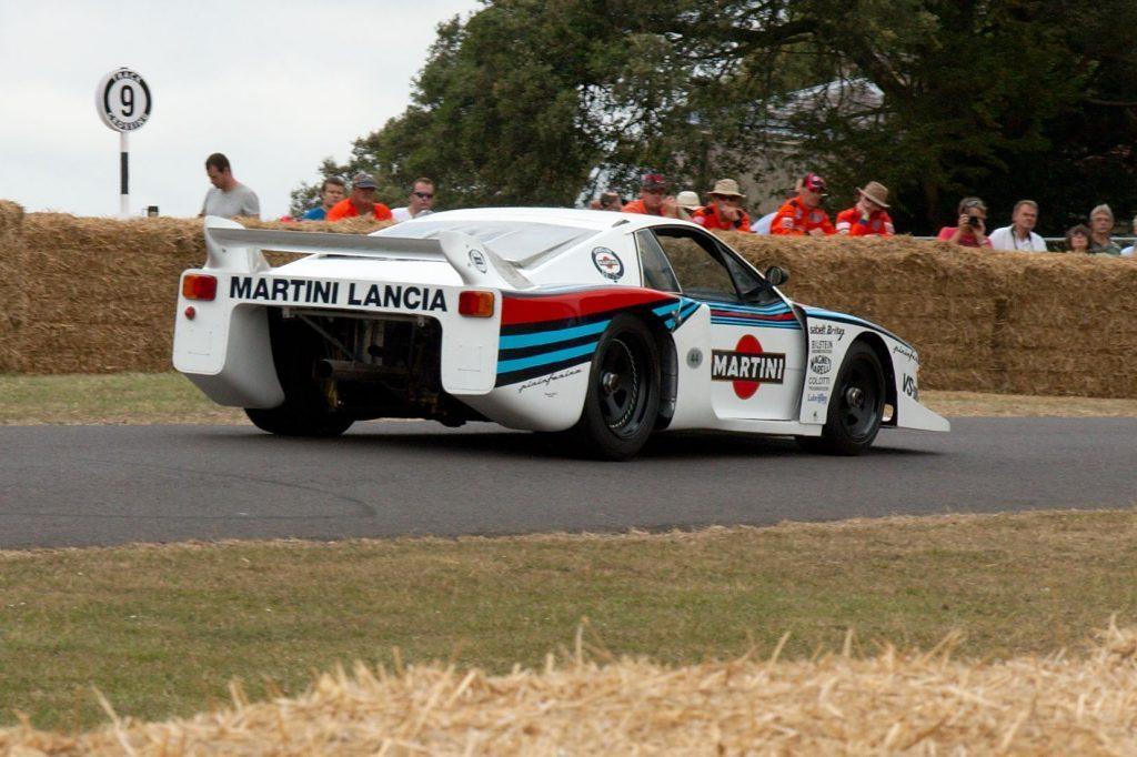 Lancia Beta Montecarlo Racing On The Track
